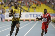 Usain Bolt slows to a jog on way to winning heat