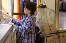 Here's how people react to a real life Harry Potter, lost in a train station