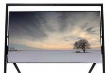 The Amazon reviews for this €30,000 TV are absolutely brilliant