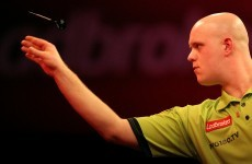 Van Gerwen surprised by PDC finalist Wright