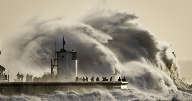 Now That's What You Call A Wave Pic of the Day