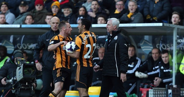 Alan Pardew sent off after appearing to headbutt David Meyler