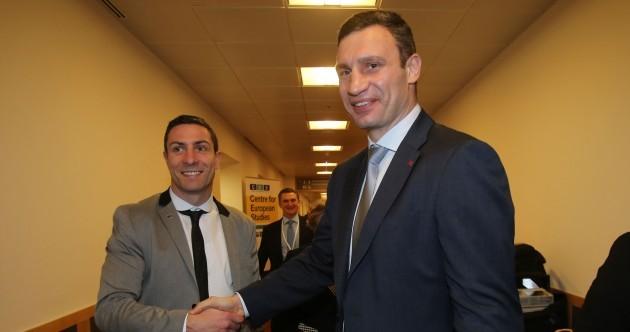 Political heavyweights? Kenny Egan met Vitali Klitschko in Dublin today (PIC)