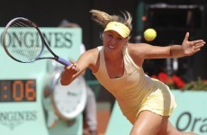 Sharapova crashes out at French Open semi-final stage to Li Na
