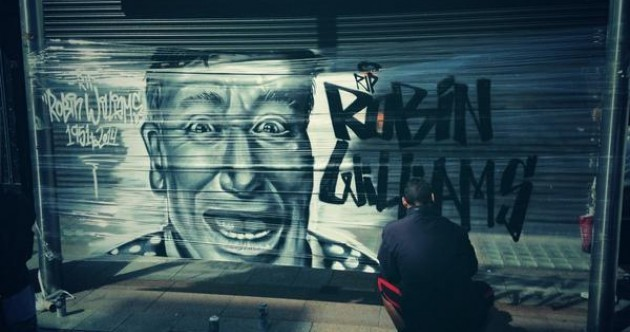 This graffiti tribute to Robin Williams in Dublin is just perfect