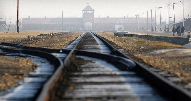 93-year-old former Auschwitz guard charged with 300,000 crimes
