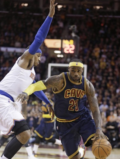 LeBron very un-LeBron in opening loss to Knicks on big homecoming night