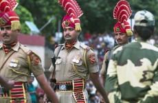 Suicide blast kills 45 spectators during Pakistan border ceremony