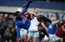 Brilliant Lukaku volley sends Everton and West Ham to replay