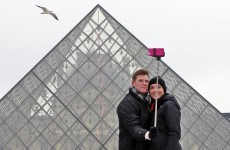 Paris museums move towards ban on selfie sticks