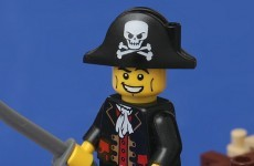 Microsoft is going to give everyone Windows 10 for free, even pirates