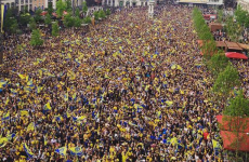 There's an unbelievable crowd watching the Champions Cup final in Clermont