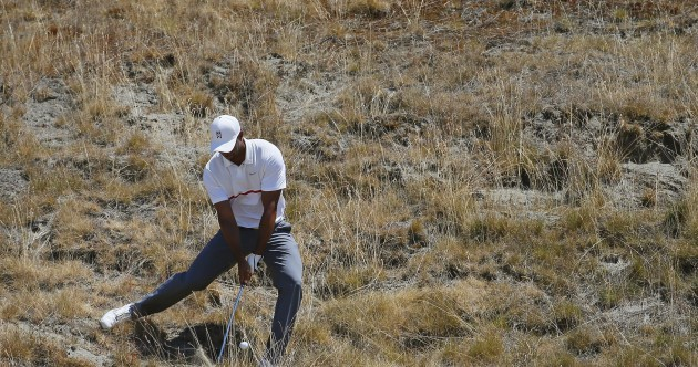 Texan duo lead US Open as Tiger Woods crashes out