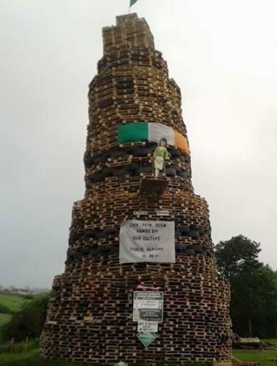 Effigy of Sinn Féin politician burned on bonfire