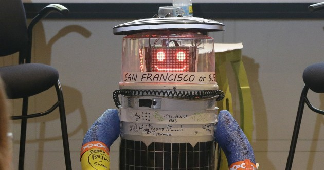 This robot was built to do one thing… hitch-hiking
