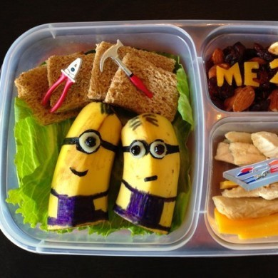 This Dad makes the most ridiculous lunches for his kids