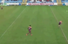 The worst kick you will ever, ever see on a rugby pitch