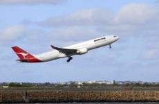 Qantas resumes flights as strike ends