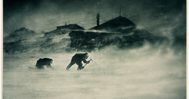 Frank Hurley's Antarctica: images of early 20th century polar exploration