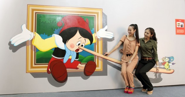 In photos: 3D paintings of Pinocchio, the Hulk and Marilyn