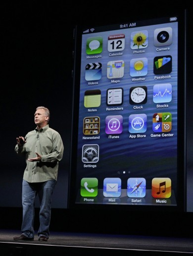 Apple reveals the iPhone 5