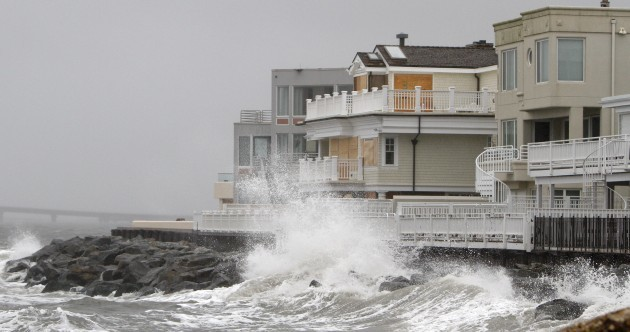 'Don't be stupid. Get out.' – Mass shut down as Sandy approaches US