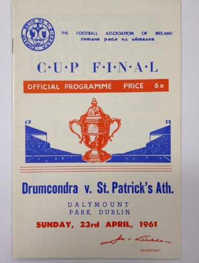 Get your programmes! Sports memorablia from St Pats' last FAI Cup win