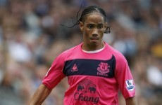 Steven Pienaar confirms Spurs switch on Twitter