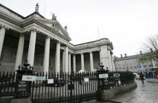 Ireland sells €1 billion in Bank of Ireland bonds