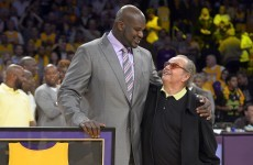 Jack Nicholson honoured Shaq as the Lakers retired the 34 jersey last night