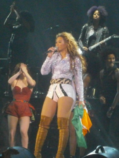 "The Dredge: Beyoncé leads Dublin crowd in a round of ""olé, olé"""