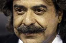 Pakistani billionaire Khan agrees to buy Fulham