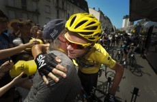 Sprint Finish: Froome sweeps to stunning stage victory to stretch lead
