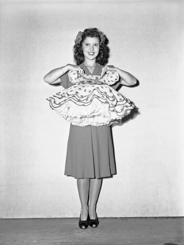 Shirley Temple With An Early Costume 1944