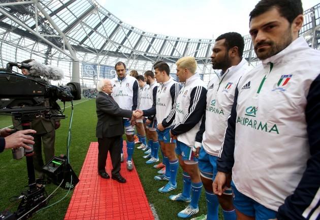 Michael D Higgins meets the Italy team