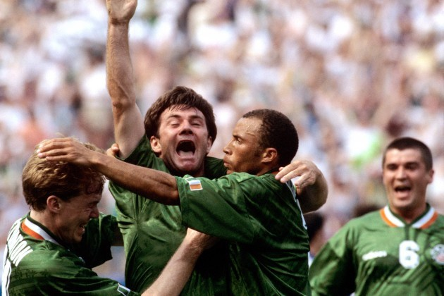 Soccer - World Cup USA 94 - Group E - Ireland v Italy