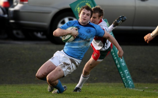 Michael Keating scores a try