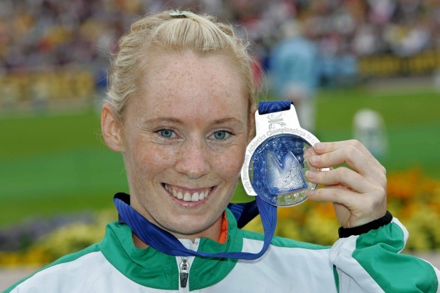Derval O'Rourke with her silver medal in 2006