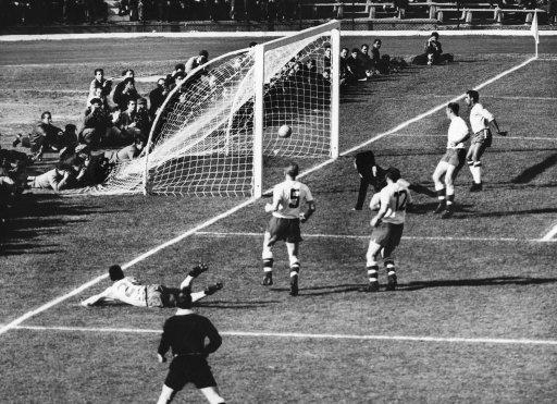Soccer - FIFA Wolrd Cup Final - Brazil v Czechoslovakia - Estadio Nacional de Chile