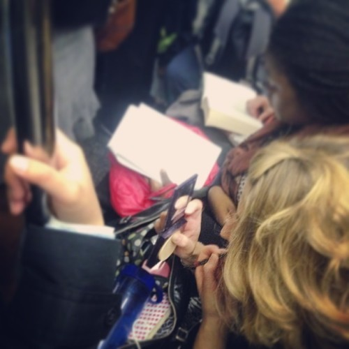 Putting on makeup on public transport – yay or nay?