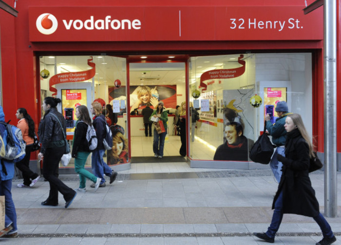13/12/2008. Vodafone Stores