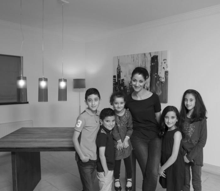 Sonia Deasy & Her 5 kids