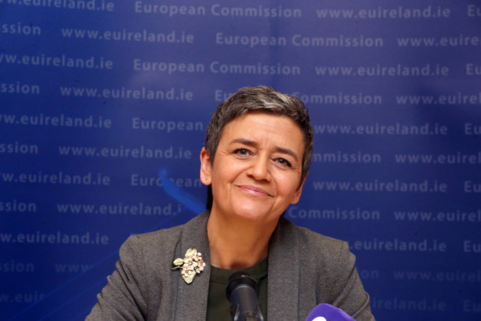EU COMMSION 462_90501422