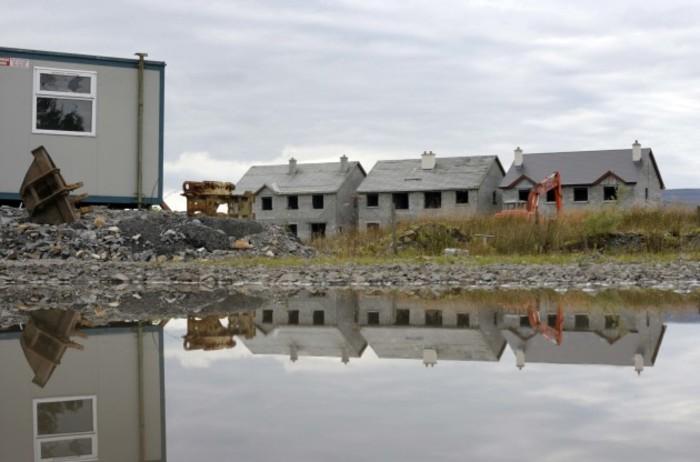 19/9/2011 Ghost Housing Estates