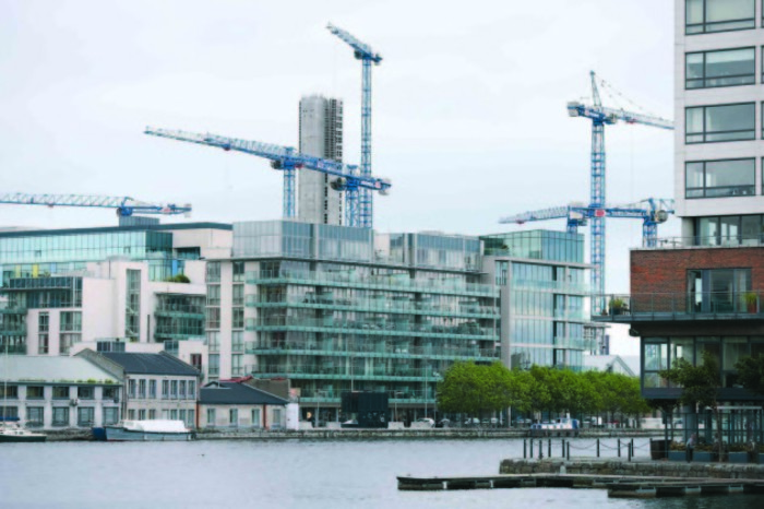 12/6/2017 Construction Cranes Industry