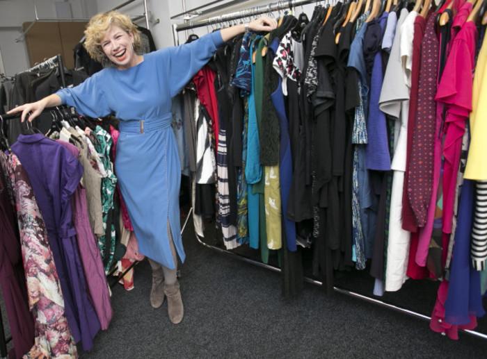 03  Dress for Success sale_90528224