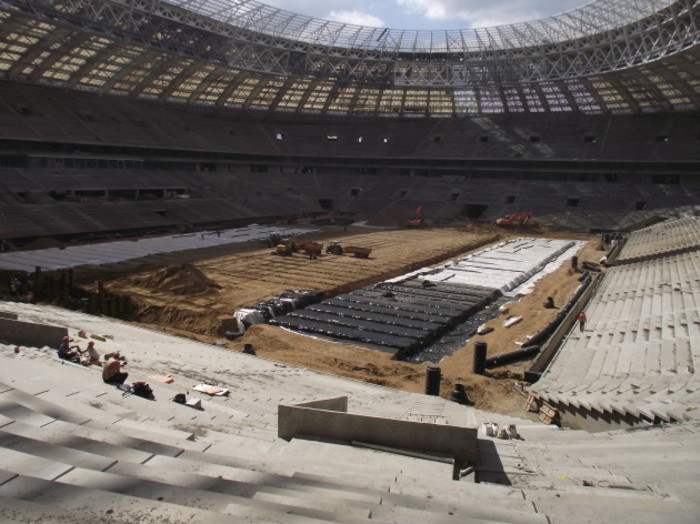 Formation level of the pitch at Luzhniki Stadium with drains and SISAir