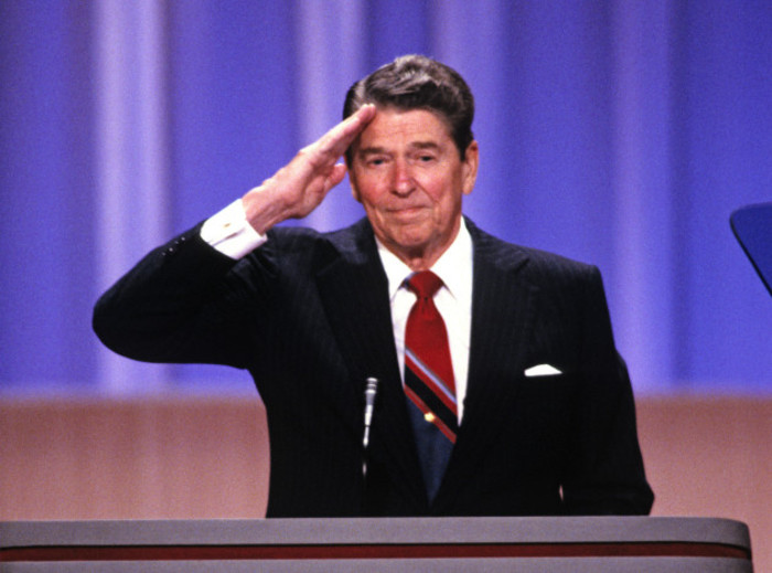 Ronald Reagan Salutes the Delegates