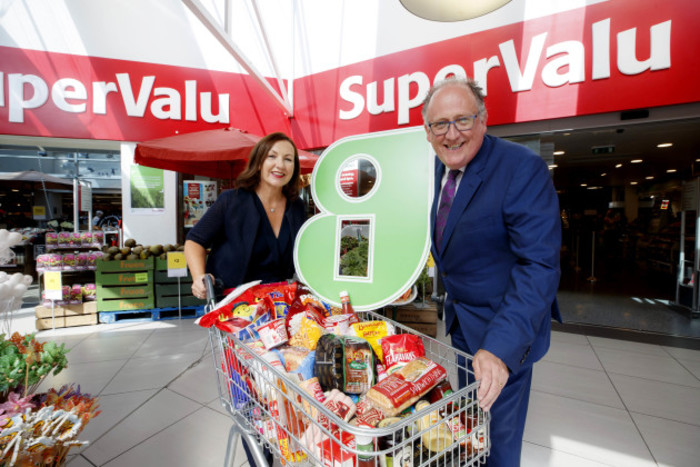 Brid O'Connell, CEO of Guaranteed Irish and Martin Kelleher, Managing Director of SuperValu (2)