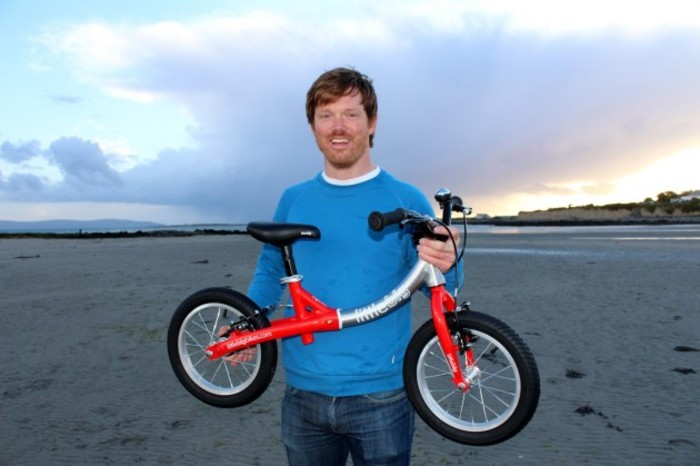 founder-simon-evans-with-a-littlebig-bike-1